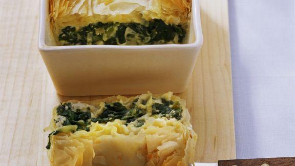 Rezept: Pastete mit Feta und Spinat auf türkische Art