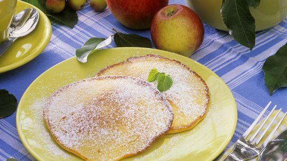 Rezept: Pfannkuchen mit Apfel
