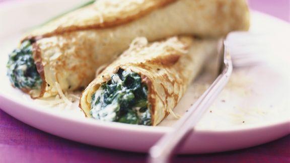 Rezept: Pfannkuchenrollen mit Spinatfüllung