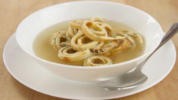 Rezept: Pfannkuchensuppe
