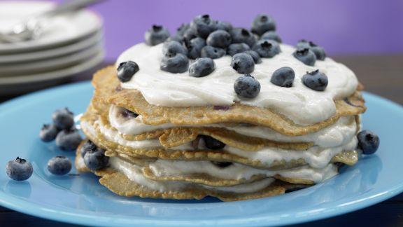 Rezept: Pfannkuchentorte mit Blaubeerquark