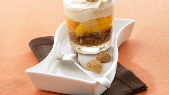 Rezept: Pfirsich-Amaretto-Trifle