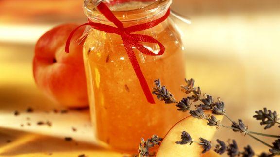 Rezept: Pfirsich-Lavendel-Marmelade mit Vanille