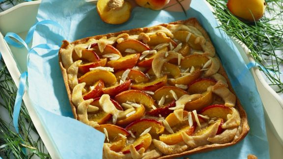 Rezept: Pfirsich-Mandel-Kuchen