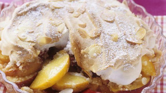 Rezept: Pfirsich-Marzipan-Auflauf mit Baiser