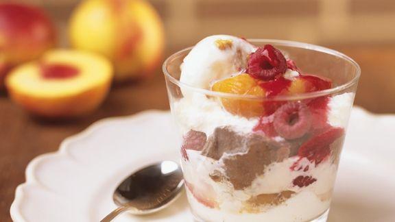 Rezept: Pfirsich mit Eis