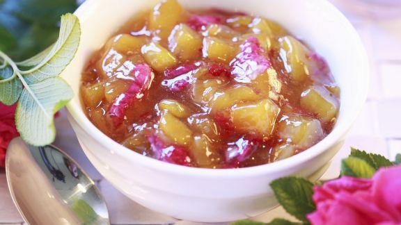 Rezept: Pfirsich-Rosen-Marmelade