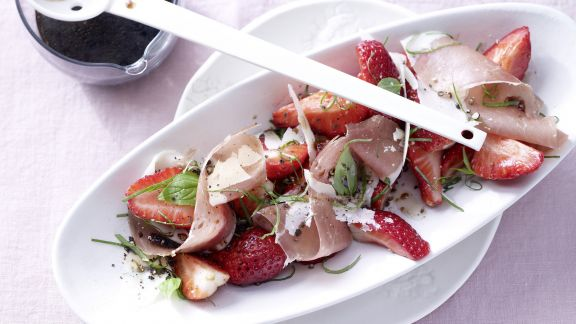 Rezept: Pikante marinierte Erdbeeren
