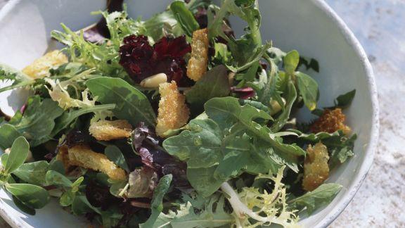 Rezept: Pikanter Blattsalat