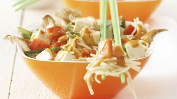 Rezept: Pikantes Tofu-Nudelgericht