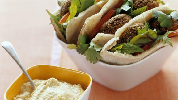 Rezept: Pita mit Falafel und Hummus