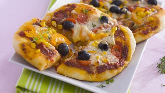 Rezept: Pizza mit Gemüse und Käse