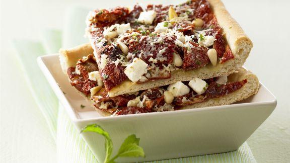 Rezept: Pizza mit getrockneten Tomaten