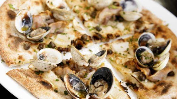 Rezept: Pizza mit Muscheln