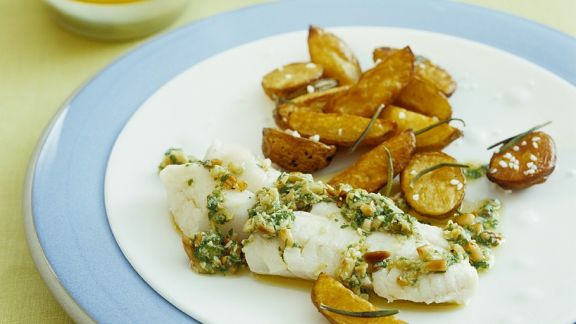 Rezept: Pochierter Kabeljau mit Ofenkartoffeln