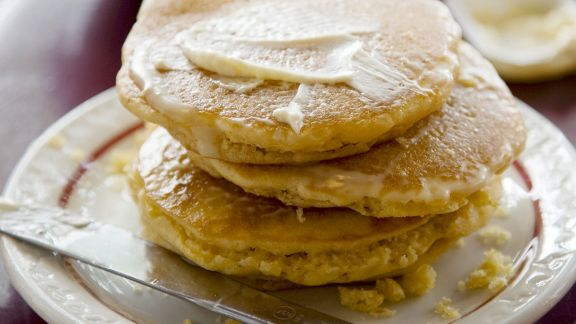 Rezept: Polentapuffer mit Butter