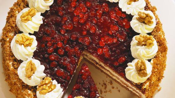 Rezept: Preiselbeer-Nuss-Torte