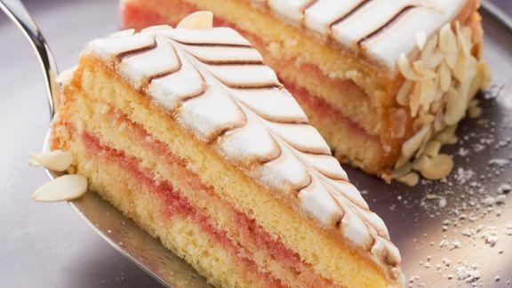 Rezept: Punsch-Marzipan-Torte