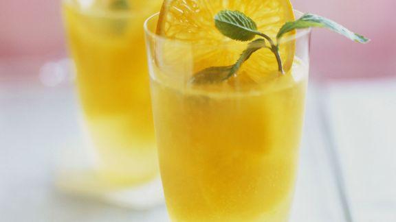 Rezept: Punsch mit Tangerine und Minze