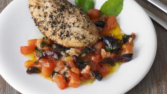 Rezept: Putenbrustfilet mit Oliven-Tomaten-Salsa