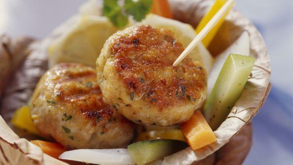 Rezept: Putenbuletten mit mariniertem Gemüse