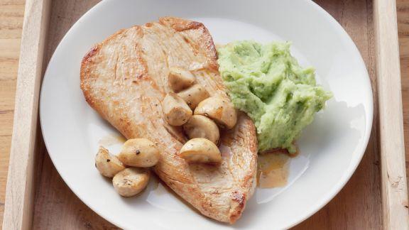 Rezept: Putensteak mit Bärlauch-Kartoffel-Püree