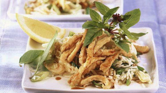 Rezept: Putenstreifen auf gebratenem Reis