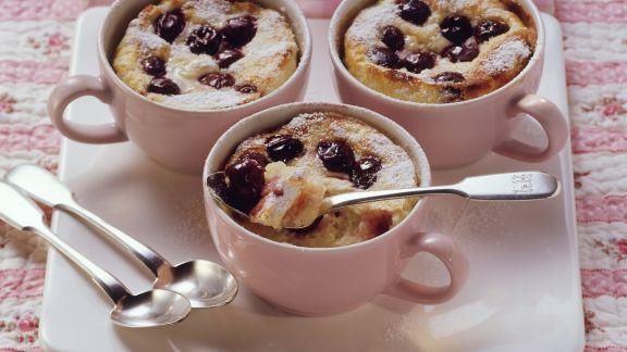 Rezept: Quark-Reis-Gratin mit Kirschen