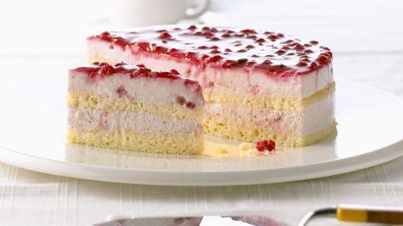 Rezept: Quarkcreme-Torte mit Preiselbeeren