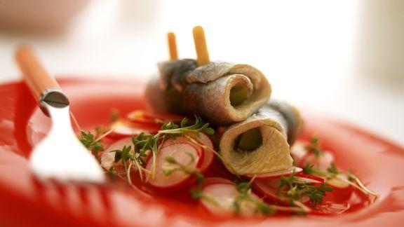 Rezept: Radieschensalat mit Rollmops