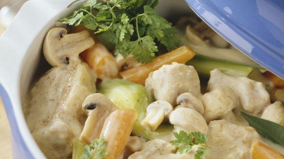 Rezept: Ragout vom Kalb mit Pilzen und Gemüse