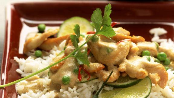 Rezept: Rahmgeschnetzeltes von der Pute auf asiatische Art mit Reis