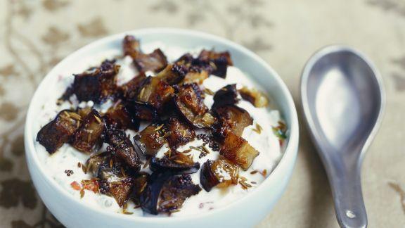 Rezept: Raita mit Auberginen und Honig