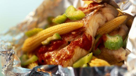 Rezept: Red Snapper mit Gemüse in der Folie, auf mexikanische Art