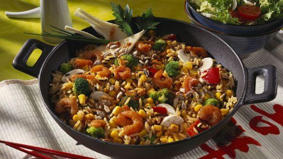 Rezept: Reis-Gemüse-Pfanne mit Scampi