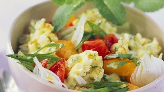 Rezept: Reis-Mango-Salat mit Tomaten