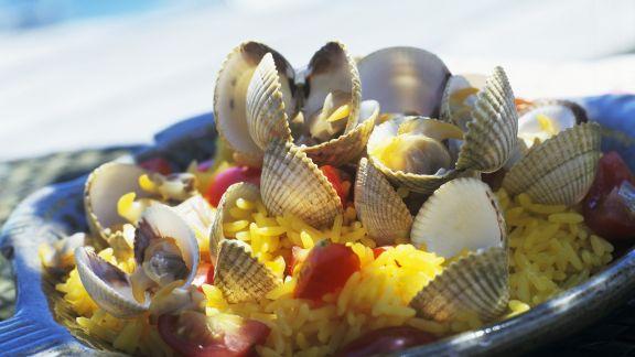 Rezept: Reis mit Safran und Herzmuscheln