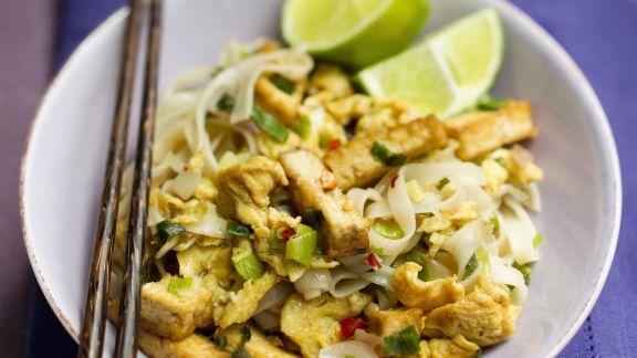 Rezept: Reisnudeln mit gebratenem Tofu