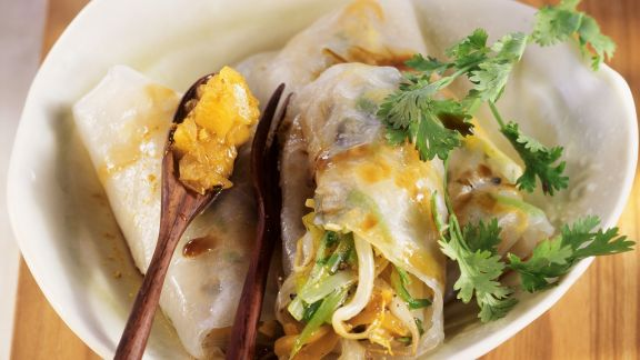 Rezept: Reispapier-Gemüse-Wraps mit Ananaschutney