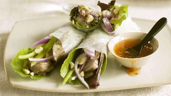 Rezept: Reispapierröllchen mit Entenfleisch gefüllt