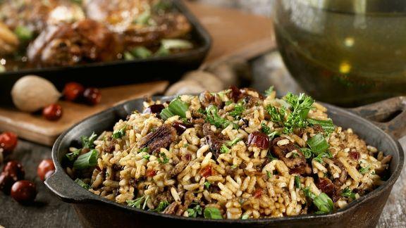 Rezept: Reispfanne mit Cranberries und Pekannüssen
