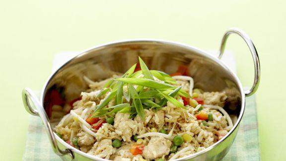 Rezept: Reispfanne mit Hähnchen und Kokos