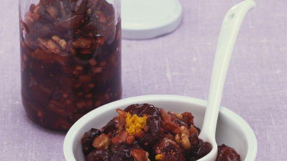 Rezept: Relish mit Äpfeln, Cranberries und Walnüssen