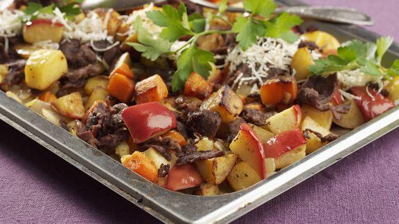 Rezept: Rentiergeschnetzeltes mit Gemüse und Äpfeln