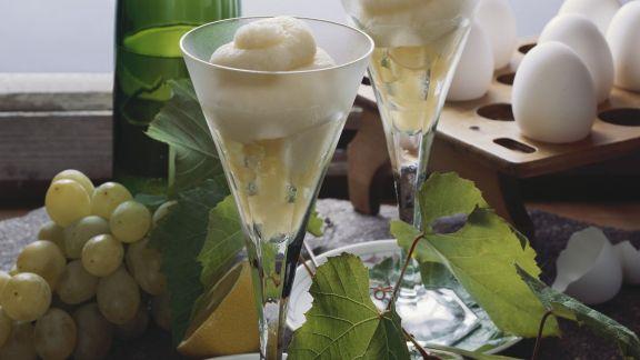 Rezept: Rieslingsorbet mit Weintrauben