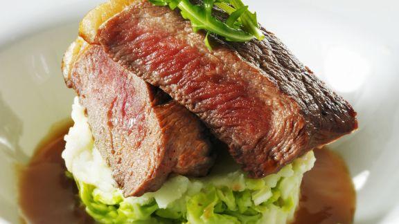 Rezept: Rindersteak auf Kartoffel-Rucola-Püree