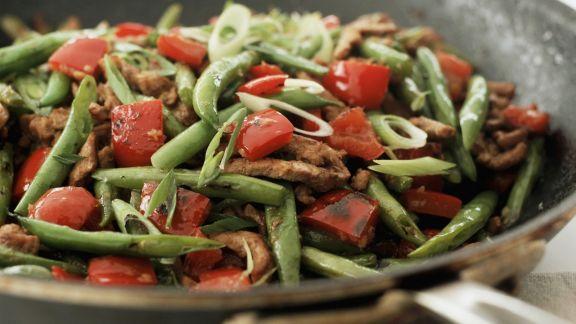 Rezept: Rinderstreifenpfanne mit Paprika und grünen Bohnen