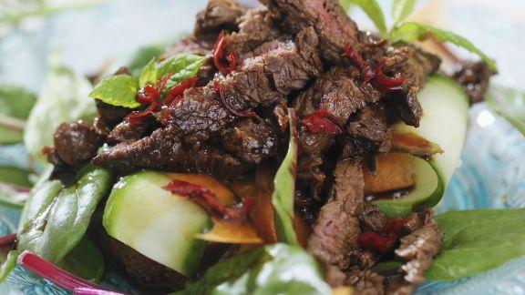 Rezept: Rinderstreifensalat mit Gemüse