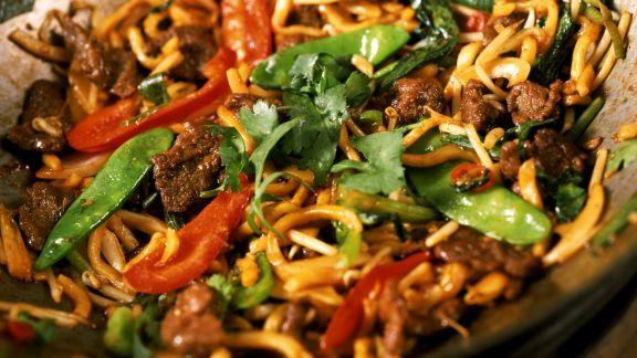 Rezept: Rindfleisch-Gemüse-Curry aus dem Wok