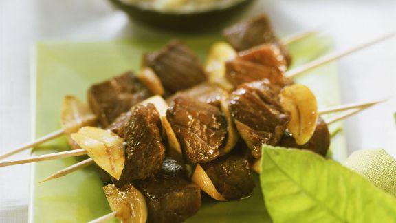 Rezept: Rindfleisch-Satay mit Knoblauch und Ingwer